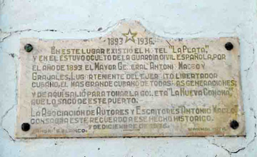 Plaque commemorating General Antonio Maceo's presence in Cienfuegos, Cuba.