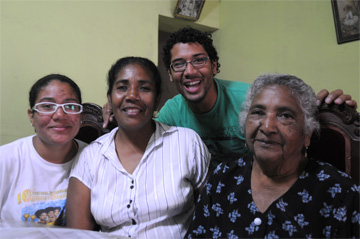 The Cossio Family, Zaña, Peru